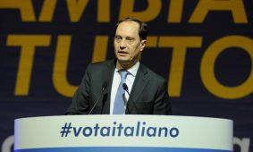 Migranti. Ciriani: rivolta Udine è conseguenza porti aperti del governo. Italiani perseguitati e clandestini liberi di fare tutto