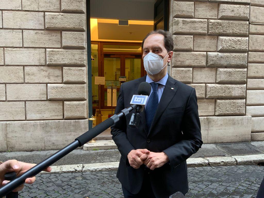 Chiederemo che Draghi venga in Parlamento su Consiglio Ue. Governo riferisca su posizione Italia riguardo vaccini